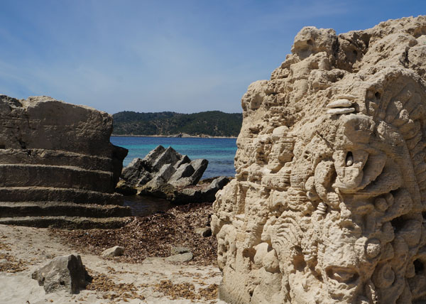 Salinas_Coast_Stones