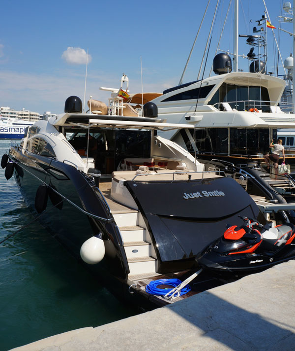 Smart Charter Ibiza's Sunseeker yacht invites to 'Just Smile'. No problem!