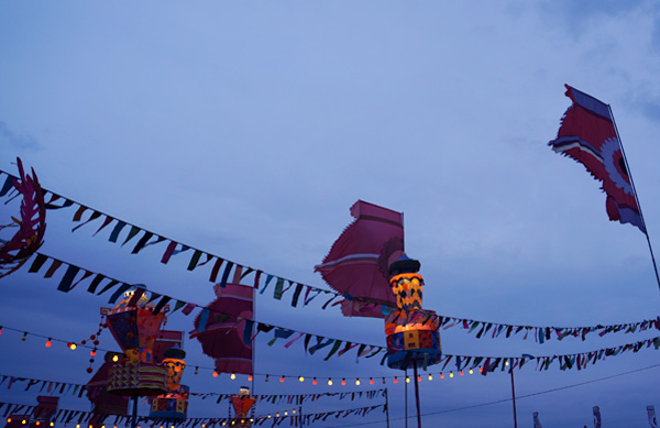 Bestival2015_Lanterns_Night