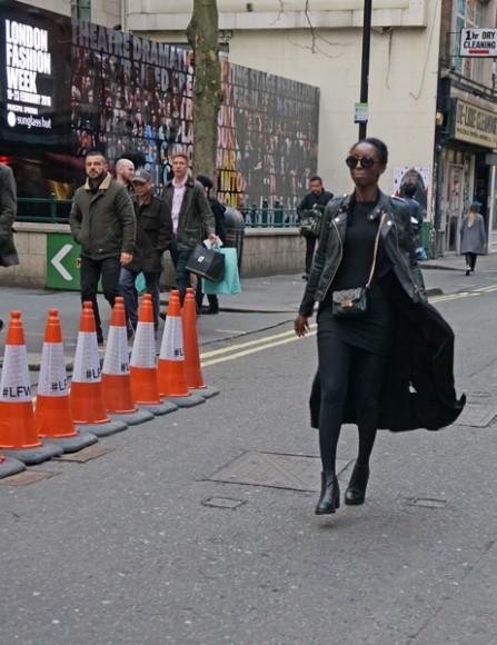 LondonFashionWeek_LFW_AW16_Streetstyle_7