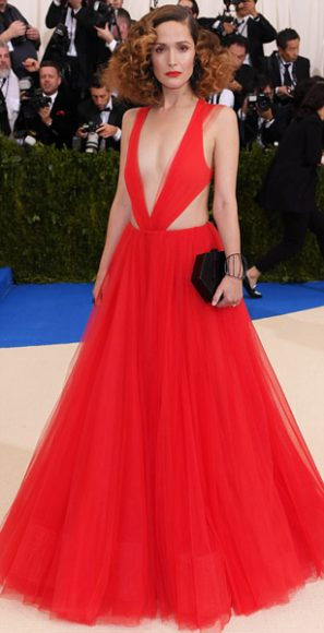 Celebrities_Unsure_Metball2017_outfits_rosebyrne