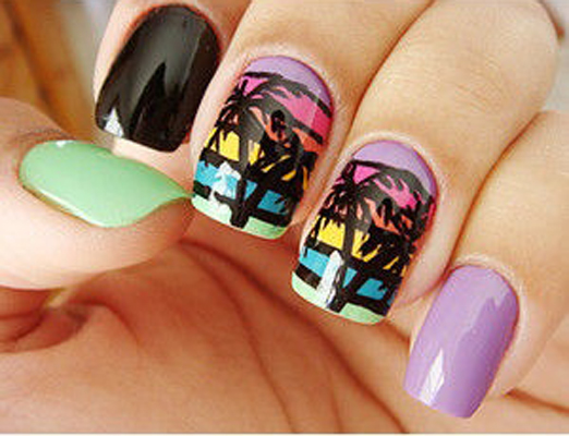 Festival_nailart_holiday_manicure