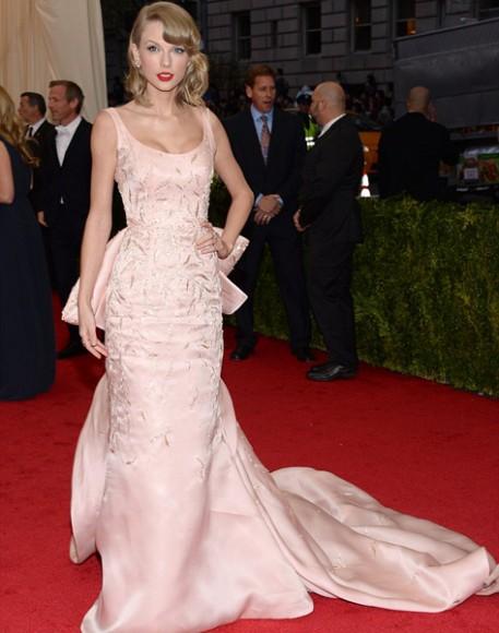 Met_Ball_2014_Taylor_Swift