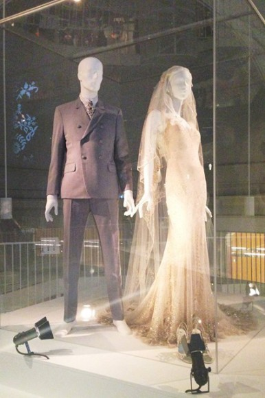 V_and_A_museum_wedding_dress_exhibition_kate_moss