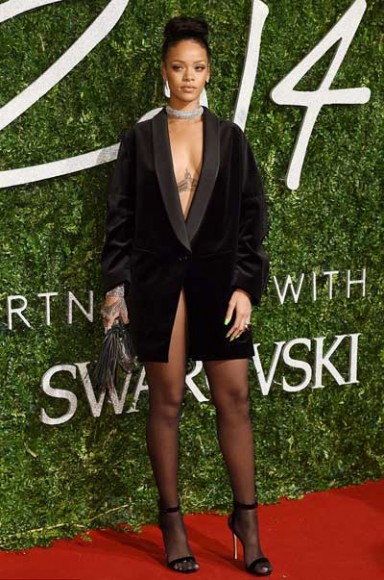 British_Fashion_Awards_2014_Rihanna