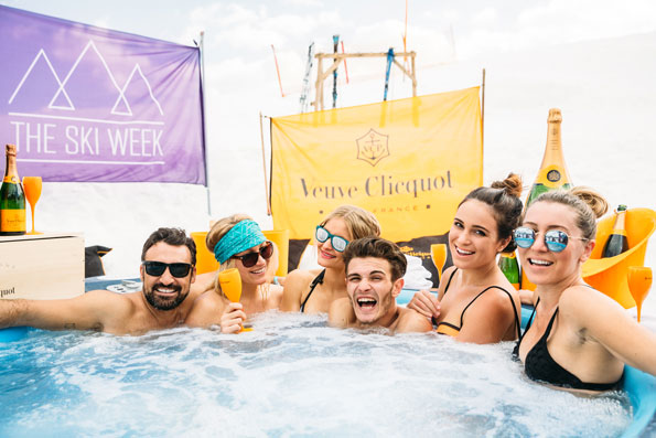 TheSkiWeek_2015_hottub