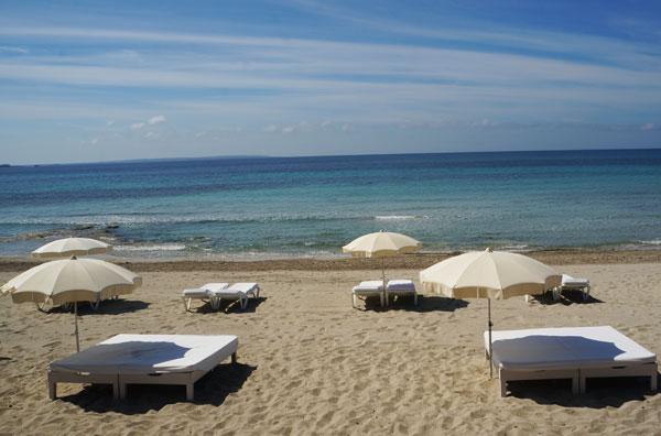 Jockey_Club_Ibiza_Salinas_Sea