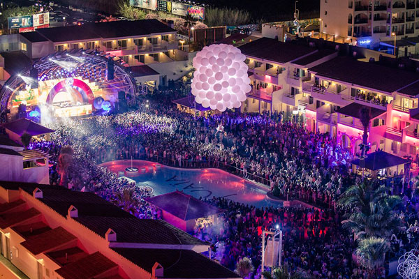 Ushuaia_Party_Beach