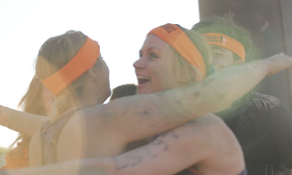 ToughMudder2015_Grouphug