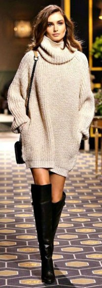 Oversized_Jumpers_Kneehigh_Boots_3