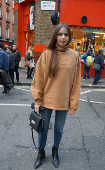 LondonFashionWeek_LFW_AW16_Streetstyle_6