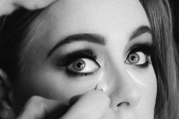 Recreate Adele's make-up