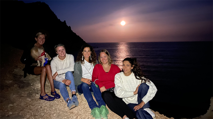 Where to watch the Full Moon in Ibiza.
